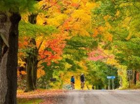travel_log_fall_colours_20150907_398136291
